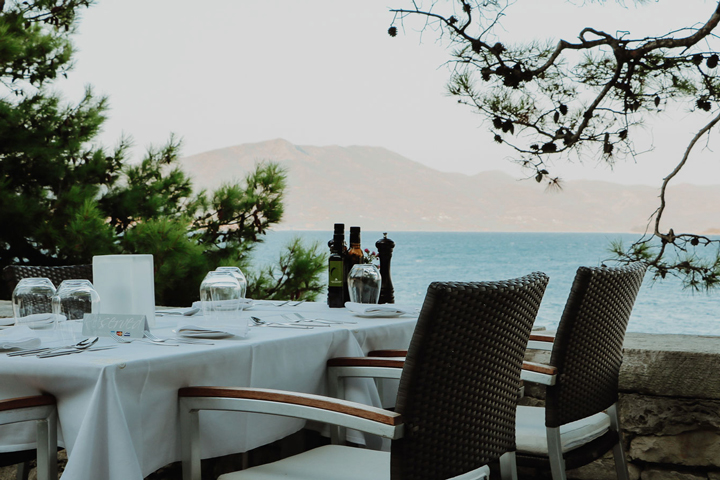 Restaurant in Korcula town with a sea view