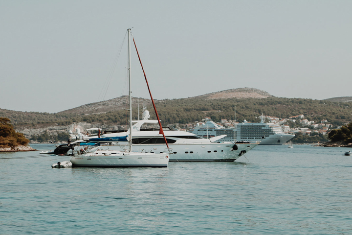 Anchor bay in Devil's Islands with view of Hvar