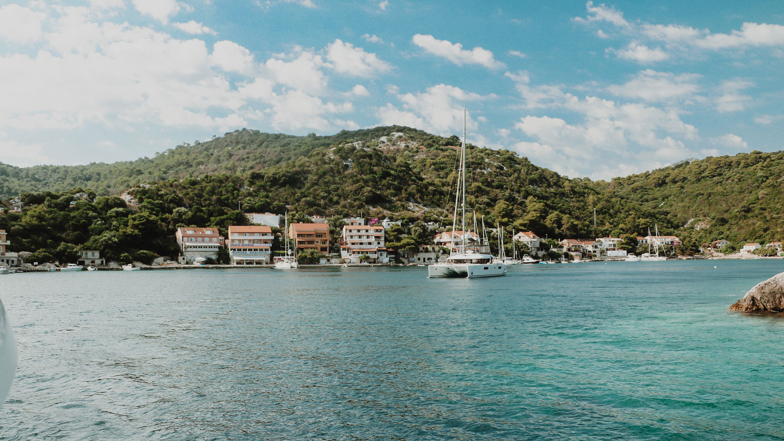 Sailing holidays in Croatia Chartering a Catamaran
